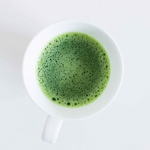 matcha-tea-in-cup