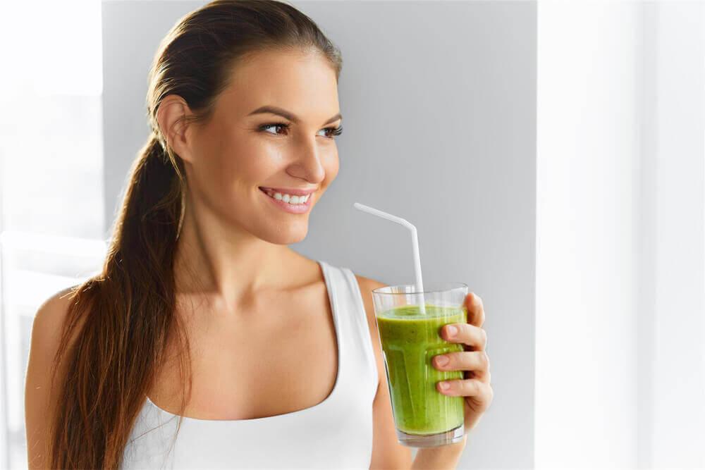 Make Your Own Natural Matcha Green Tea Face Mask Blog Image