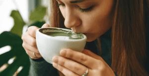 matcha-latte-mug-girl-drinking-matcha
